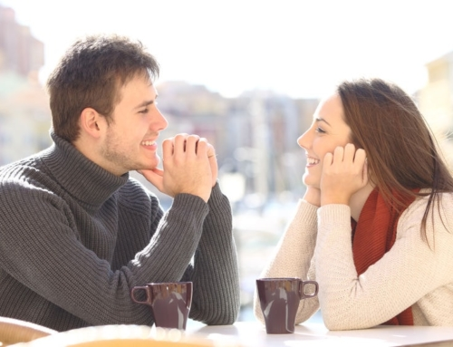 5 Ways to Get a Woman to Notice You